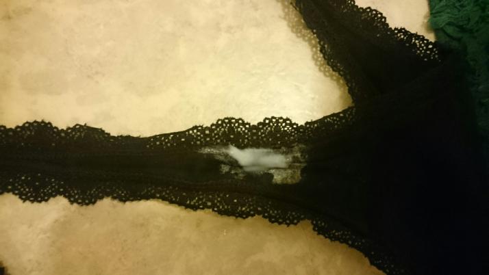 sex kläder säljer använda trosor