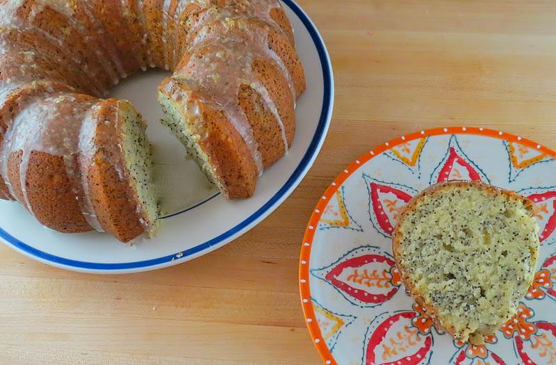 Blonde in the Kitchen: Lemon Poppy Seed Bundt Cake