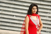 Shamili latest sizzling photo shoot-thumbnail-10