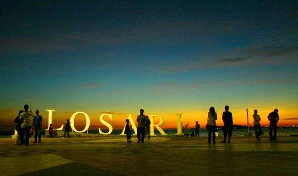 Pantai Losari Makassar