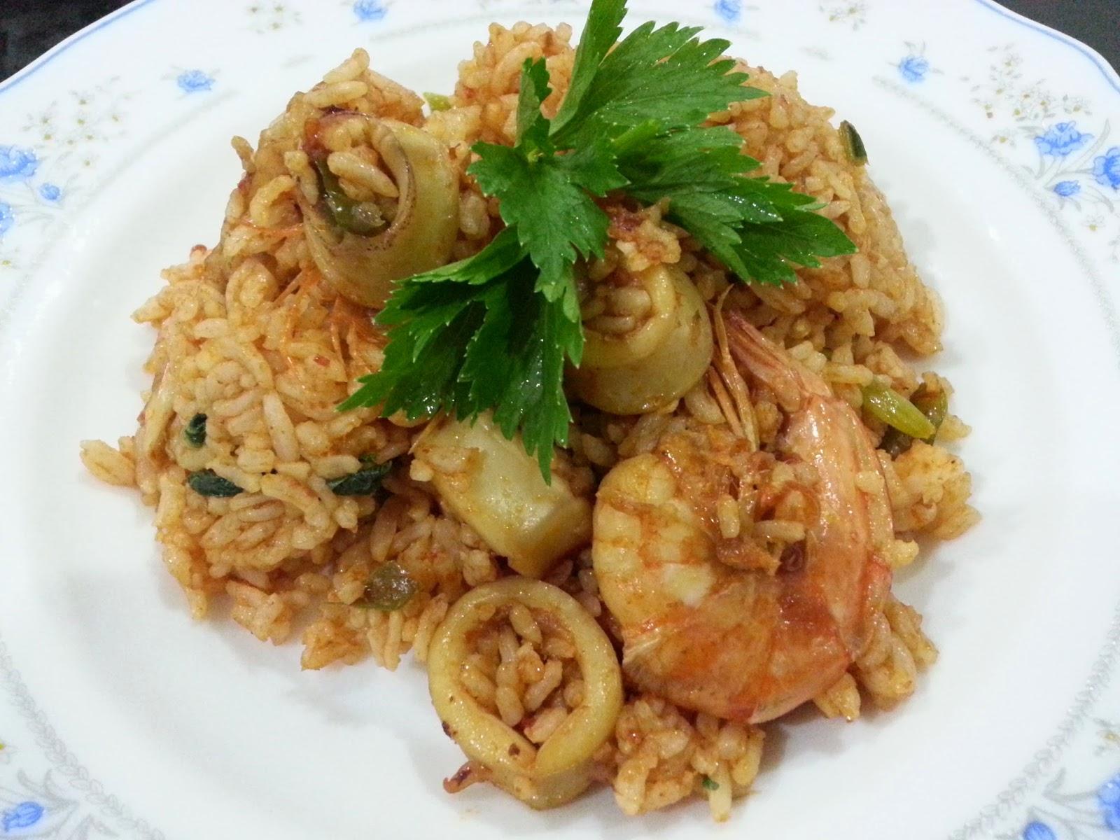NUR QASEH: Nasi Goreng Seafood