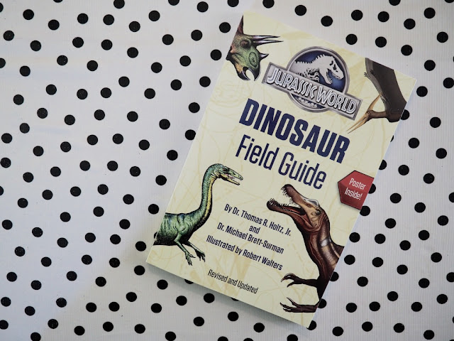 Jurassic World: Dinosaur Field Guide