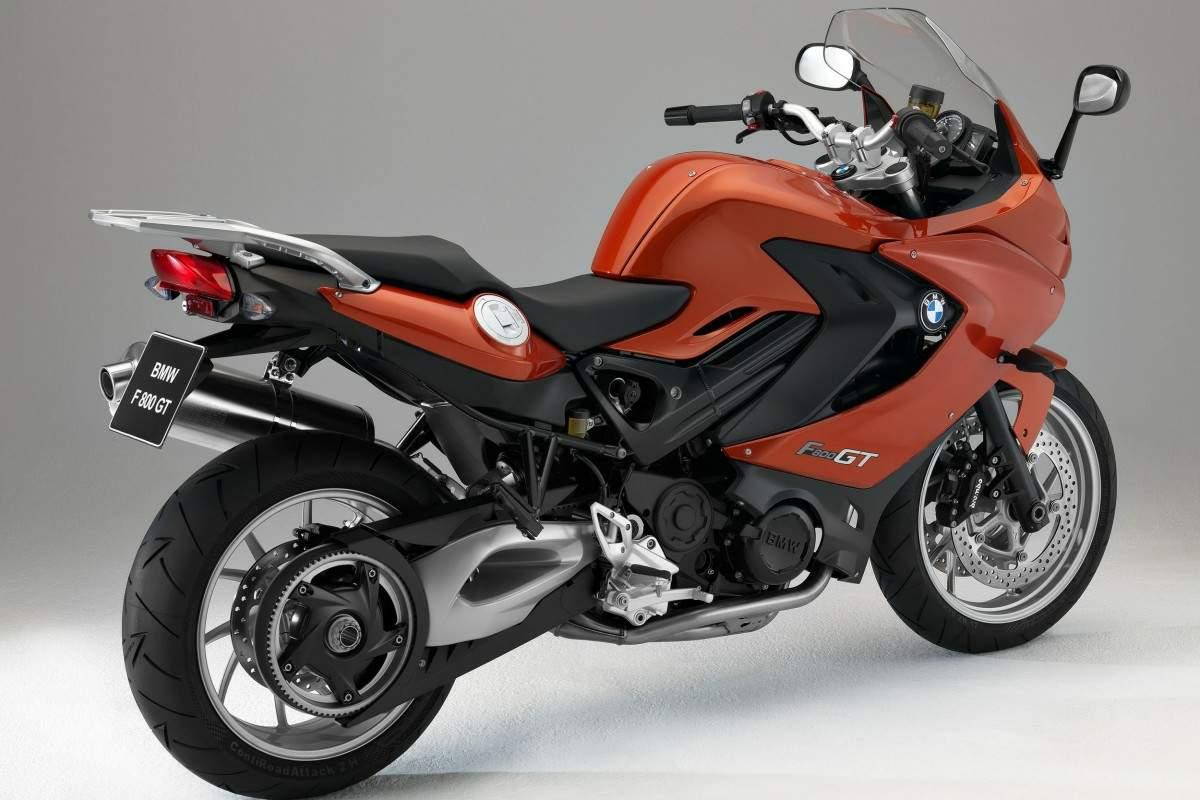 voromv moto 2013 bmw f 800 gt una nueva oportunidad para una moto muy recomendable. Black Bedroom Furniture Sets. Home Design Ideas