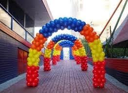 decoração de festa infantil em fortaleza arco de balão feito na região de fortaleza