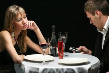 bad-date - flirty-first-date-كيف تفهم ما تفكر فيه المرأة - موعد غرامى فاشل سىء