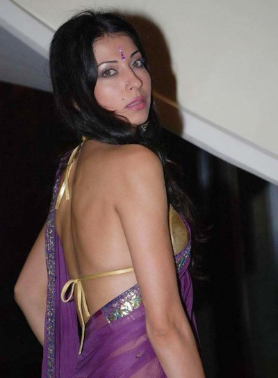 Vida Samadzai in Purple Saree, Vida Samadzai in Golden Blouse, Vida Samadzai in Backless Blouse, Vida Samadzai Hot Back