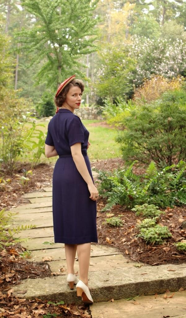 My 1940s Garden Stroll #40s #fashion #vintage #style