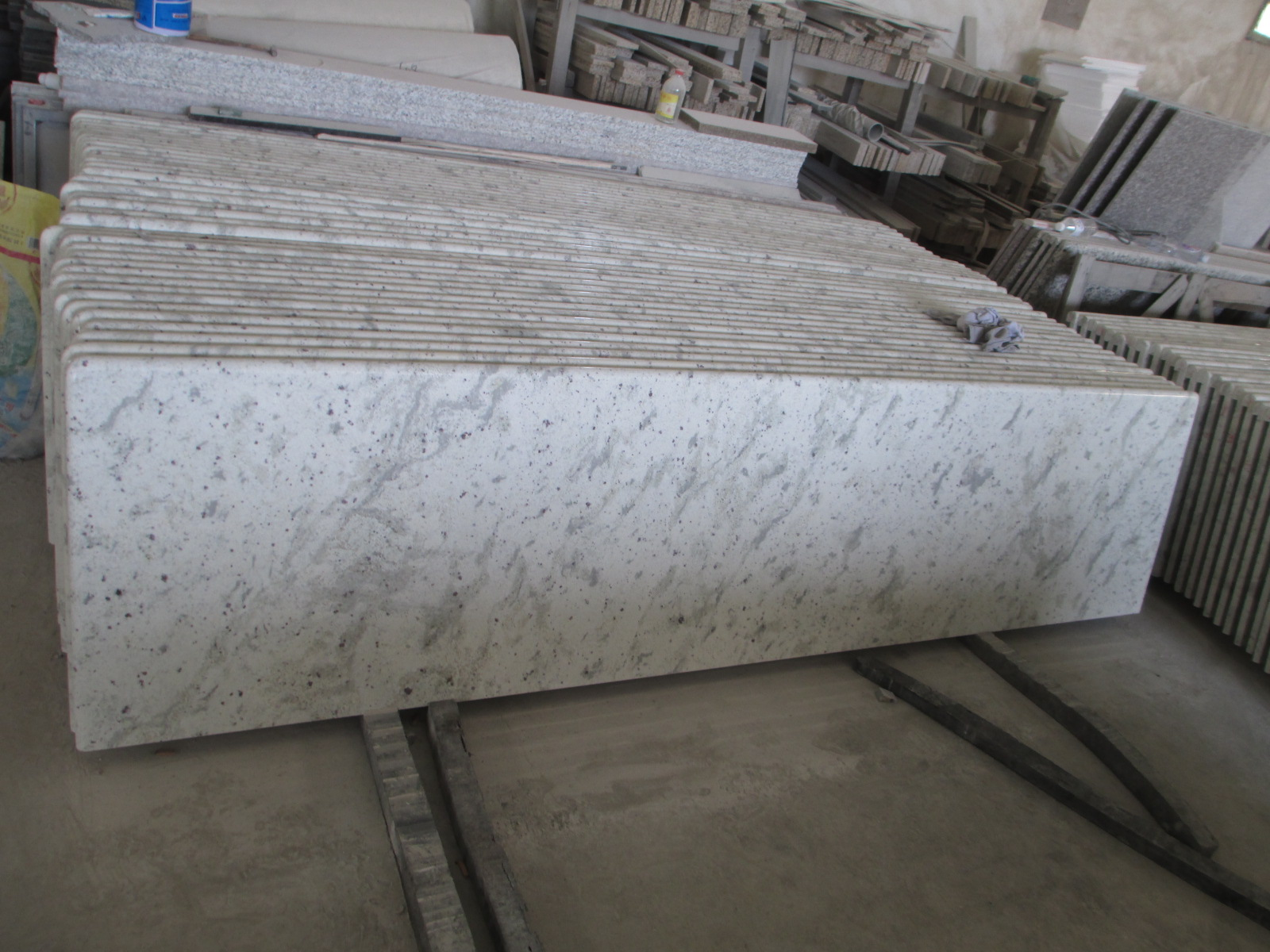 Cheap Price Chinese Granite Slab Cut To Size Flooring