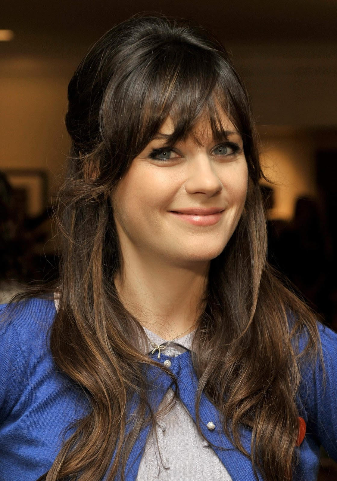 <b>HOLLYWOOD ALL STARS</b>: <b>Zooey</b> Deschanel Profile, Images and Bio in 2012