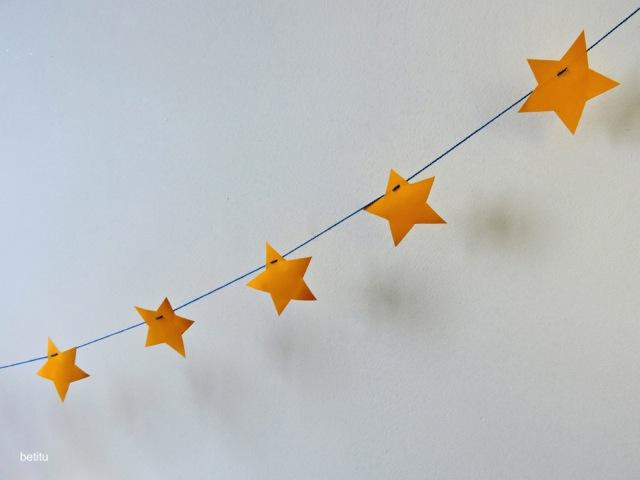 paper stars garland by betitu