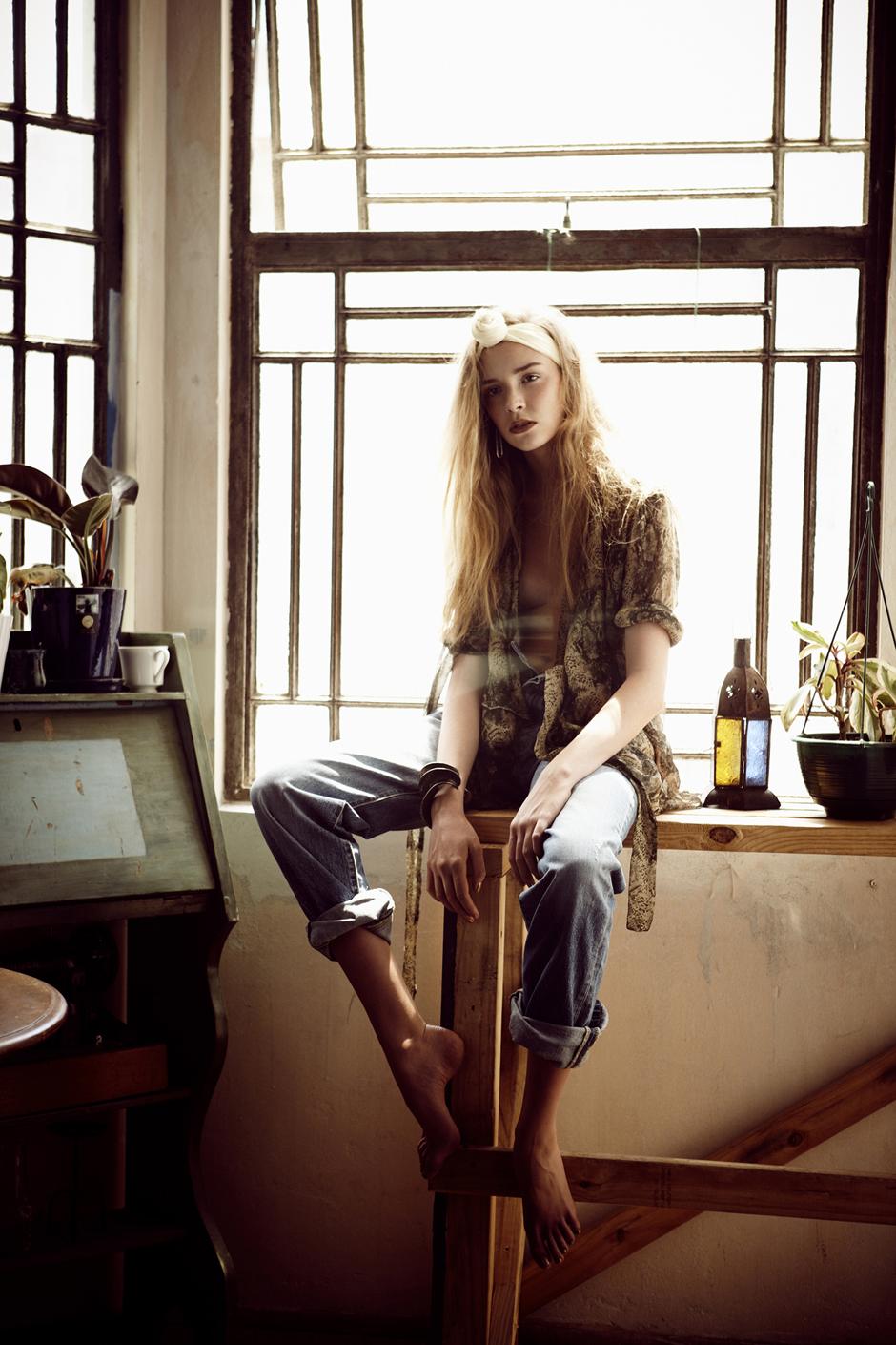 Stephanie Gibson - DAYDREAM LILY