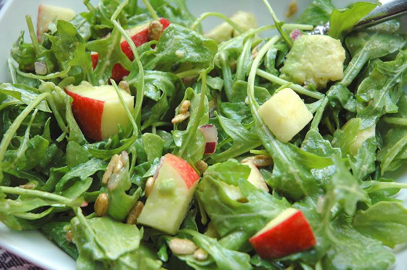 Four and Twenty Blackberries: Avocado Apple Arugula Salad