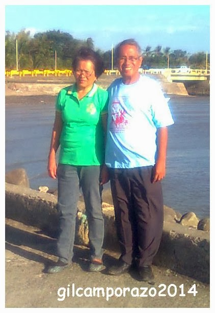 Rebing and Gil at the Dolid seawall