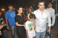 Kareena, Karisma, Malaika & Amrita at Christmas Midnight Mass