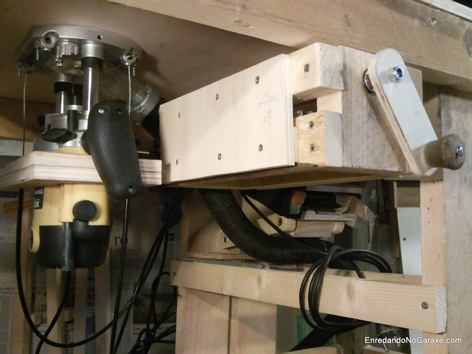 Router lift attached to the router table, rummageinthegarage