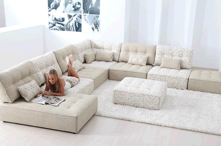 El sofa de gran hermano en muebles xikara for Sofas modernos madrid