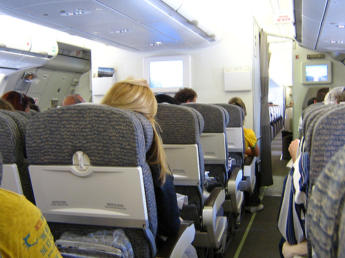 Airbus a340 commercial passengers airplanes for Interieur avion