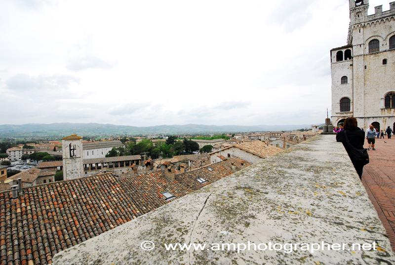 Vista dalla Piazza Grande Gubbio
