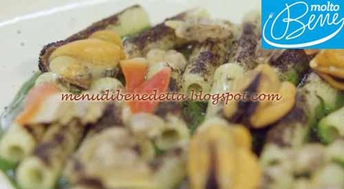 Pasta ai frutti di mare con maionese di pesce ricetta Molto Bene su Real Time
