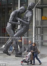 foto tandukan Zidane kepada materazzi