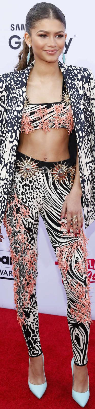 2015 Billboard Awards Zendaya Red Carpet