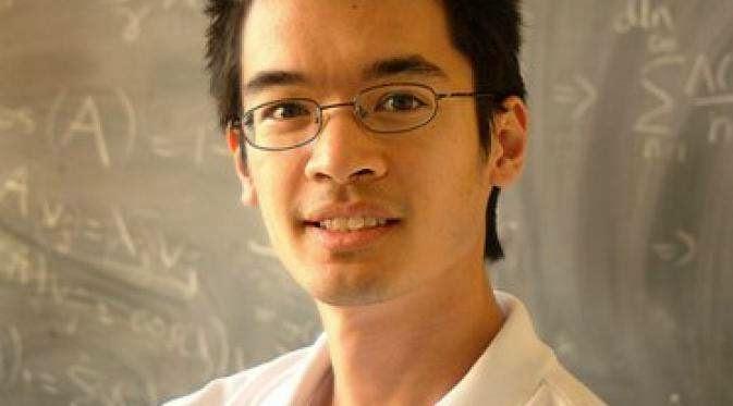 Terence Tao (IQ 220-230)