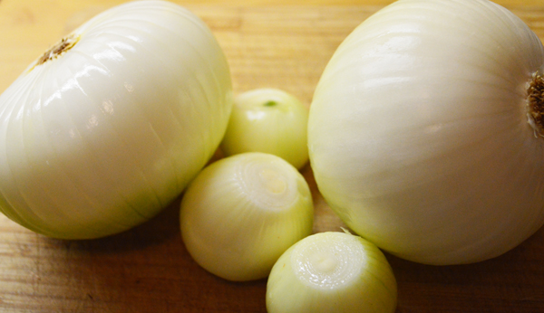 ingredients for Bernese onion pie
