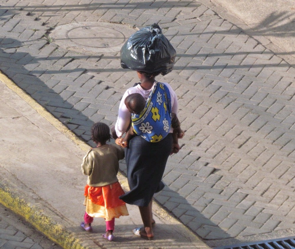 mother and children - kenya