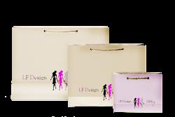 По вашей просьбе мы упакуем ваши покупки в наши фирменные пакеты