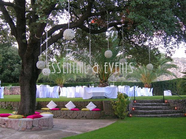 Bodas a medida tendencias en bodas 2012 la decoraci n for Jardines decoraciones