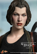 IN STOCK Hot Toys Resident Evil Alice MMS139 MSIB