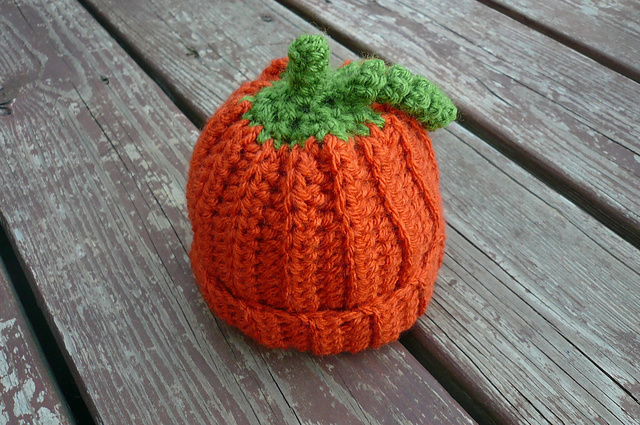 Free Pattern Crochet Pumpkin Hat : tangled happy: October 2012