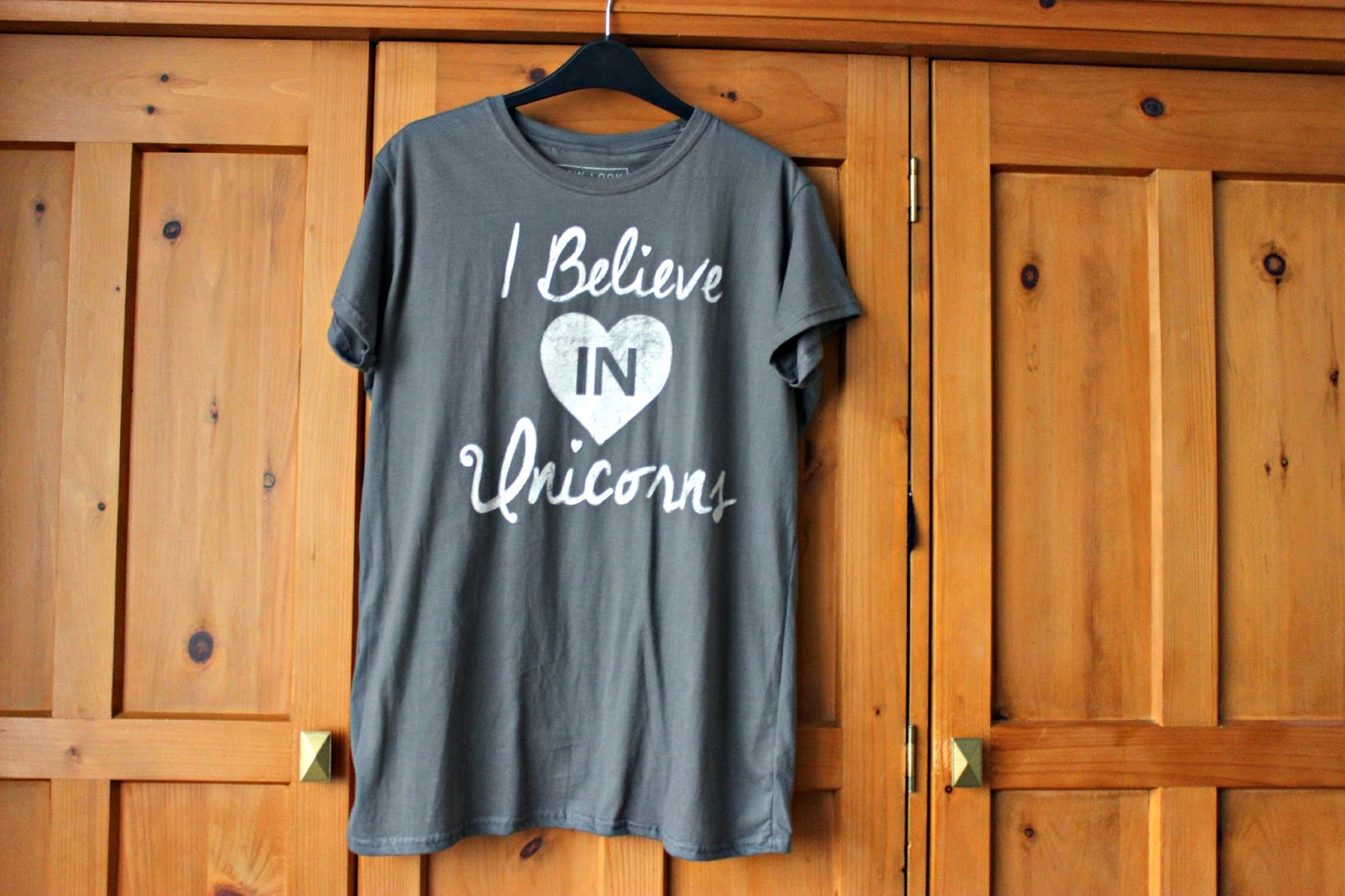Picture of New Look 'I Believe in Unicorns' t-shirt