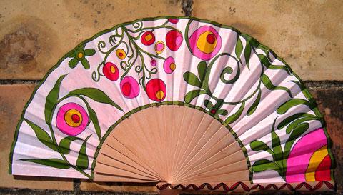 1000 images about abanicos chulos on pinterest - Abanicos pintados a mano originales ...