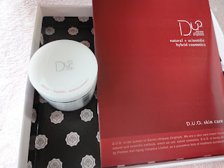 glossybox, cleanser, duo