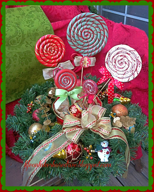 "alt=""DIY Christmas Lollipop Ornaments"""
