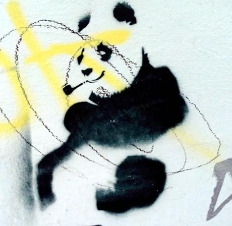 Stencil Blog Panda mit Pfeife