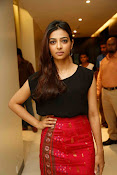 Radhika Apte at Manjhi movie event-thumbnail-15