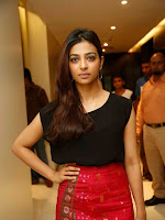 Radhika Apte at Manjhi movie hyd event-cover-photo