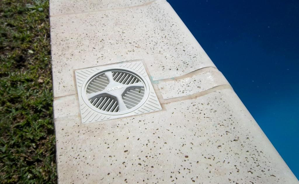 Hidrorumipal piscinas mantenimiento for Subir ph piscina