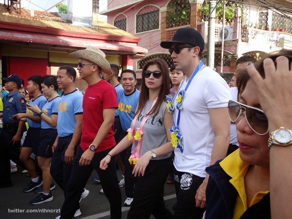 Angel Locsin, Luis Manzano, and Vilma Santos walk for a cause