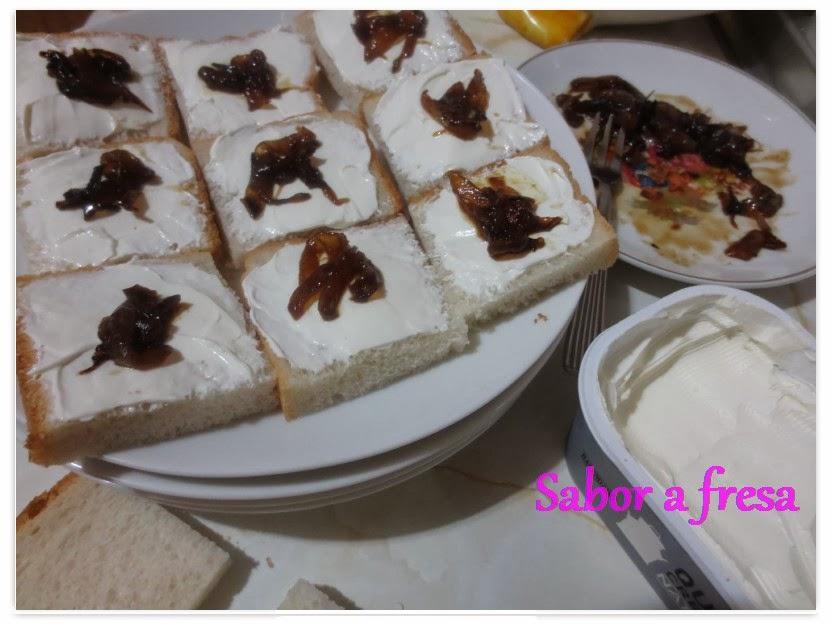 Sabor a fresa canap s de queso crema con cebolla caramelizada for Canape de pate con cebolla caramelizada