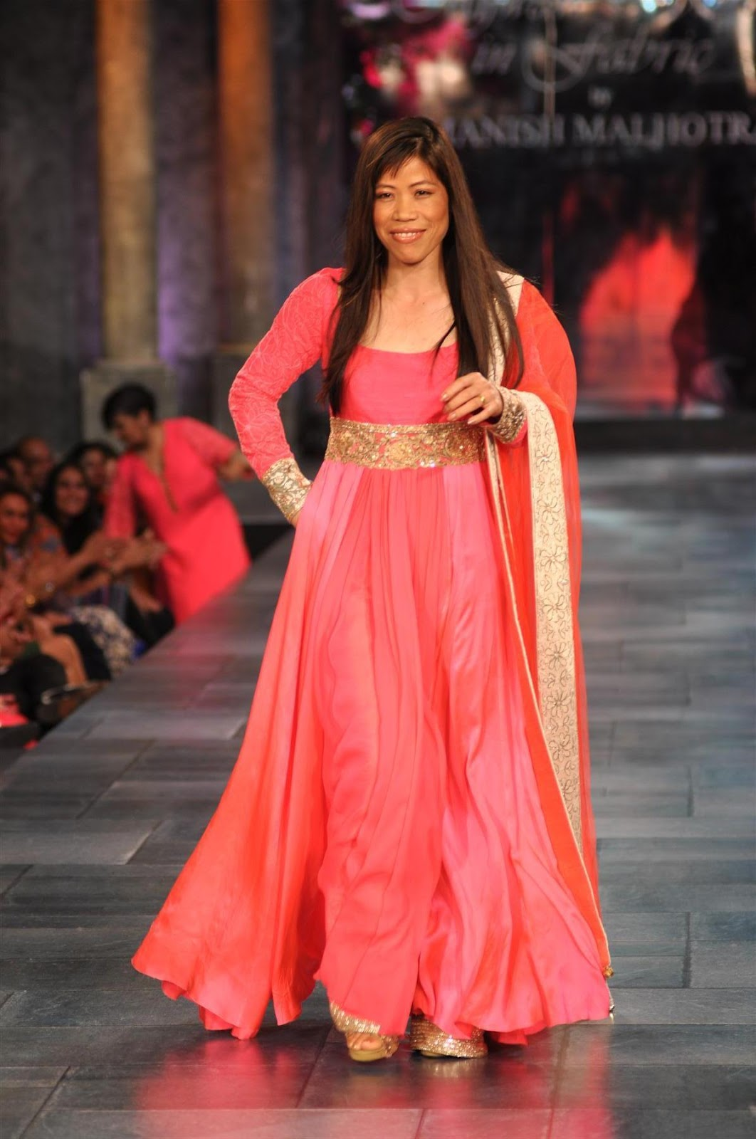 Bollywood Celebrities On The Ramp At Shabana Azami 39 S Ngo Mijwan Welfare Society Fashion Show