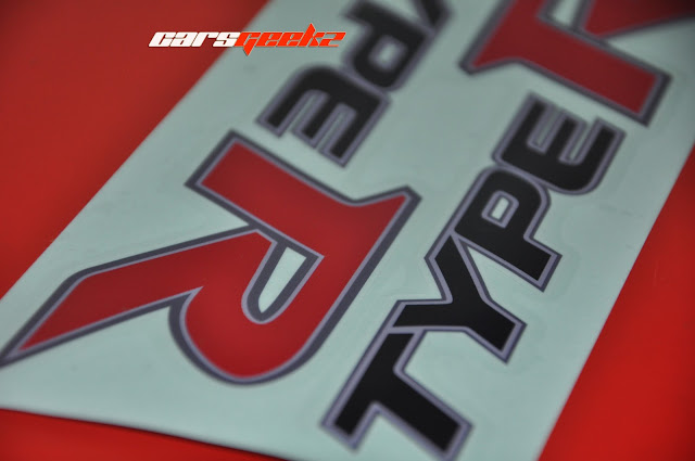 Type R | Side Door Sticker - Honda FD 2 1 sticker