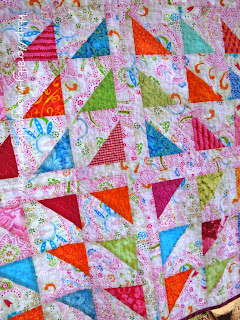 Floating Triangles, quilting detail
