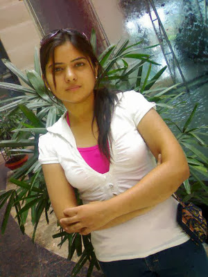 poonam pandey indian girl mobile number for friendship