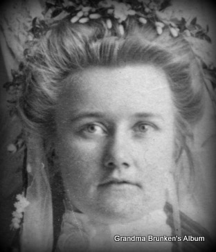 "Clara Marie ""Mary"" Petersen - 1905"