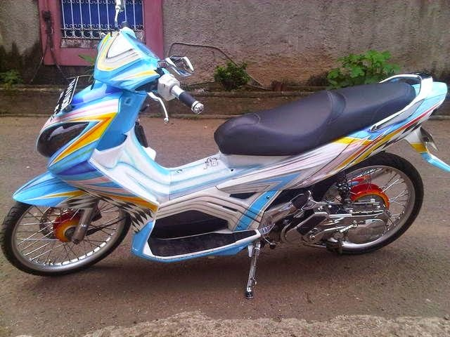model modifikasi motor yamaha nouvo