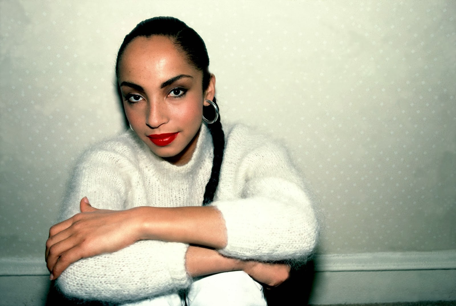 The Queen Bee Report: HAPPY BIRTHDAY SADE! Sade