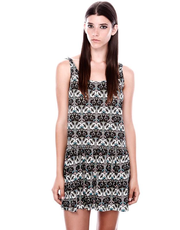 desenli kısa elbise
